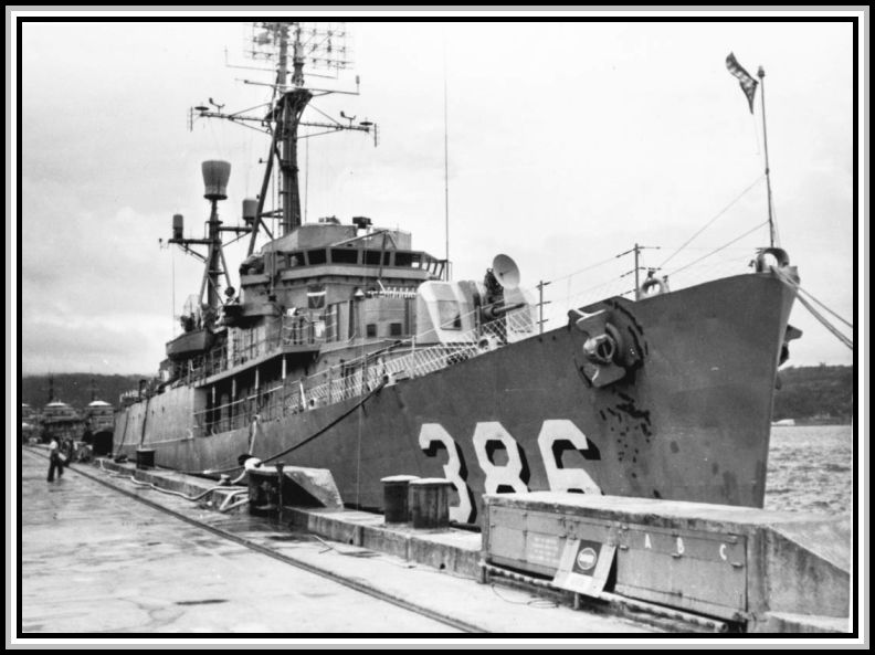 Photograph of DER-386 in 1966 (2). Unknown port.