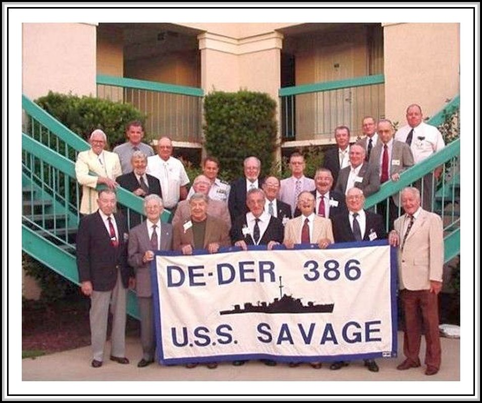 photograph of 2001 DE/DER-386 Reunion Association