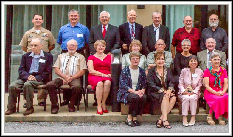 photograph of 2013 reunion attendees