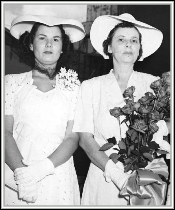 photograph of Mrs. Mary Hart and Mrs. Walter Savage, Sr.
