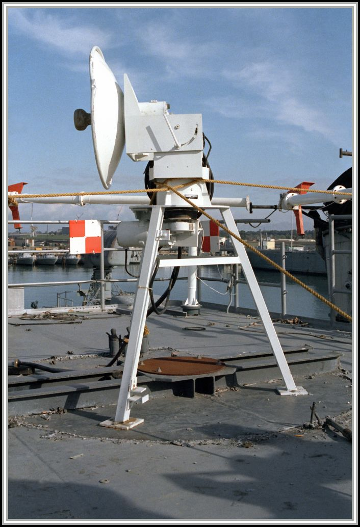 photograph of radar configuration aboard the ex-USS SAVAGE