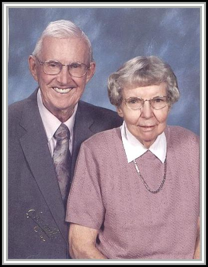 photograph of Rollins and June Coakley.  Venice, Florida.  March 2006.